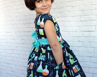 Science Dress, Dress with Pockets, Little Girl Science Dress,  Little Girl Dresses, Toddler Dress, Play Dress, Cute Girl Clothes,