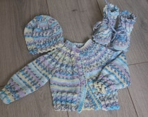 New born baby clothes for girls, reborn babies outfit, handmade UK knitted coming home set, christening gift, baby shower gift, photo prop