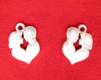 """BULK! 15pc """"couple"""" charms in silver style rhodium-plated (BC965B)"""