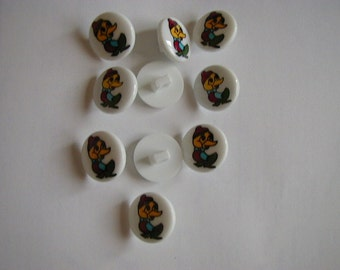 10 round white duck buttons