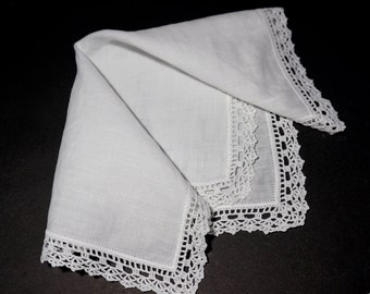 White Hanky with Lace Trim,Vintage Wedding Hanky,Solid White Handkerchief,White Lace Hanky,Crochet Lace Hanky,Bridal Hanky,Solid White Hanky