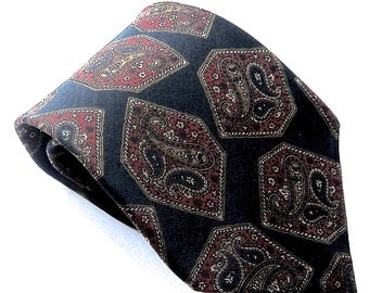 Vintage Paisley Tie,Made IN USA,'Meeting Street',Gentlemen Clothiers Tie,Black Tie,Geometric Tie,Vintage Menswear,Mens Accessories