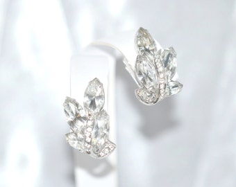 Vintage Clear Rhinestone Rhodium Plated Earrings with Rhinestone Ribbon