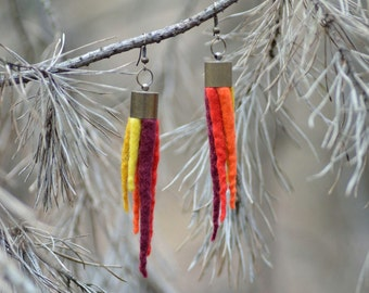 Tassel earrings with felted spikes - dangle felt earrings - pointed earrings with tassels, eye-catching women jewelry, modern & natural [E2]