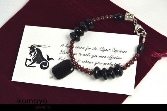 "CAPRICORN BRACELET - Black Onyx Pendant and Red Garnet Beads - Fits Wrist of Up to 5.75"""