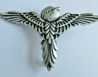 JJ Jonette Indian Motif Bird In Flight Brooch Pin