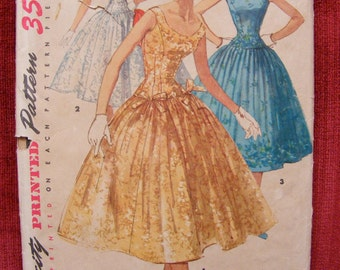 """1955 Misses' Full Skirted Formal Dress Simplicity Sewing Pattern 1153 Size 14 Bust 32"""""""