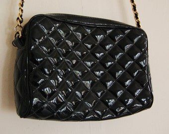 Quilted Black 80's Purse Patented Leather Gold Chain