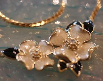Elegant Vintage Trifari Enamel Floral Necklace