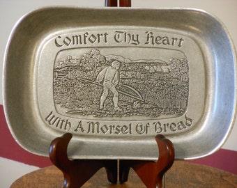 Wilton Vintage Bread Tray