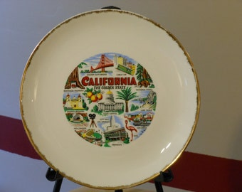 Jacob Karol China Co. Triumph Fine China Homer Laughlin Snow White 1950-era California Souvenir Plate