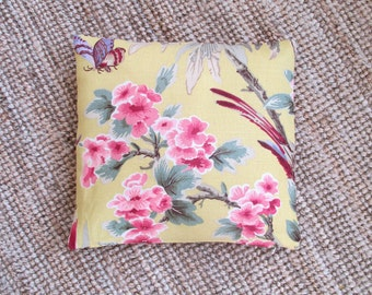 Decorative pillow cover, Laura Ashley print, 100% cotton, pillow cover to fit inner cushion 40x40 cm / 16x16 inches, Laura Ashley cushion