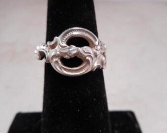 Vintage Ornate Sterling Silver Ring Size 4.5