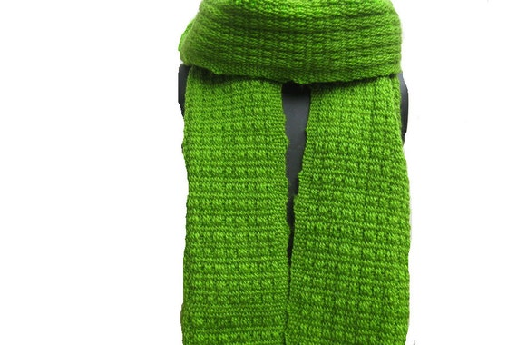 Knitted scarf/knit scarf/ scarf/ muffler/ unisex scarf/ green