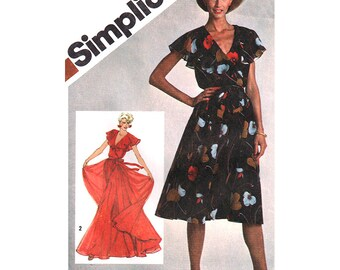 Simplicity Sewing Pattern 9870 Misses' Pullover Dress in two lengths  Size:  10  Uncut