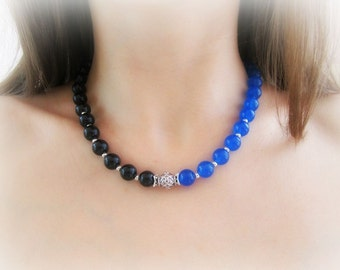 Gemstone beaded necklace, agate necklace, beaded necklace, blue black stone necklace, two tone necklace, simple stone necklace