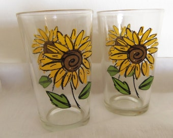 Pair of Vintage Swanky Swig Sunflower Juice Glasses