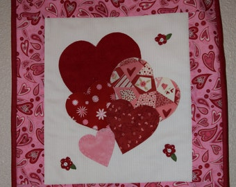 """Valentine  Mini Wall Hanging 14.5"""" x 15.5"""""""