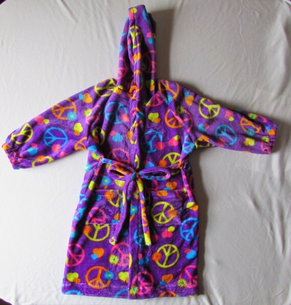 Peace sign robe / plush robe with pockets sizes 2T to 14 girls