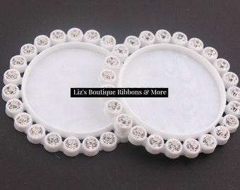 10 pcs WHITE Resin Plastic Cameo Rhinestone Cap / 25MM Inner Round- clear single row - flat back
