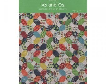 Xs and Os  Quilt Pattern by the Missouri Star Quilt Company