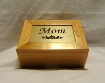 Personalized Maple Wooden Keepsake Box - Custom Engraved Name