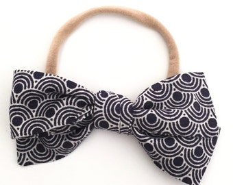 Hand Tied Navy Scallop Bow