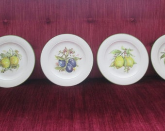 Four Vintage Fruit Motif Salad/Dessert Plates/Made in Italy  #15089