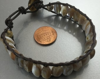 Leather wrap mother of pearls bracelet
