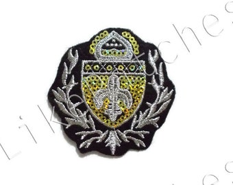 Charming Logo Patch New Sew / Iron on Patch Embroidered Applique Size 6.8cm.x6.9cm.