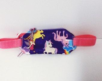 Insulin pump pouch / Rainbow Unicorns print