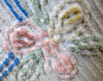 VINTAGE CHENILLE BEDSPREAD, Double Chenille Bedspread, Shabby Chic Bedspread, Mid-Century Bedspread, White Pink Green Blue Yellow Bedspread!