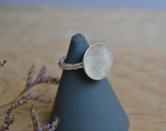Sterling Silver Circle Ring // Made To Order // Minimal Contemporary Silver Jewellery