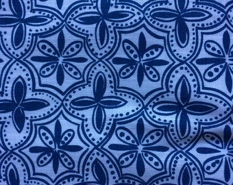 Remnant - Blue Flower Design Cotton 30 Inches