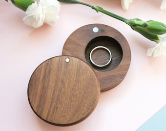 Wooden ring box - Ring Box Wedding - Ring Holder - Ring Bearer - handcrafted wooden box with lid - rustic wedding box - wedding gift