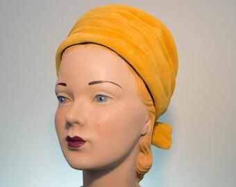 Golden Mustard 1950s-1960s Velvet Turban