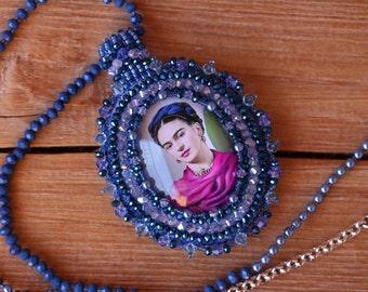 Frida Khalo cabochon necklace
