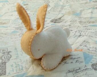 White Orange Carrot Bunny, Rabbit Felt Toy, Baby Rabbit Animal, Felted Baby Shower Gift, Easter gift, Baby bunny, Waldorf rabbit, Wool Bunny
