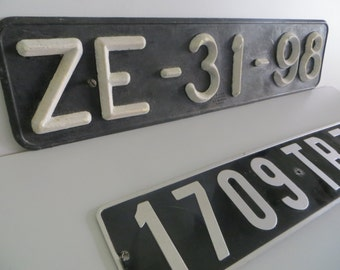 set of 2 vintage license plates : french and portuguese of the 80's