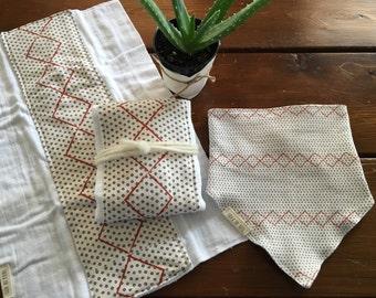 nomad burp cloths and bandana bib set//nomad burp cloth set//boho baby