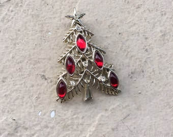Vintage Silver Red Rhinestone Jeweled Christmas Tree Brooch Pin Tancer II Signed