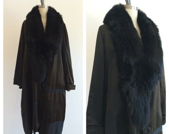 Vintage Black 1920's Silk Evening coat with fox fur collar