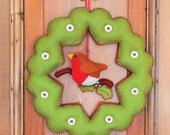 Bobbin' Robin Wreath Sewing Pattern Download (860058)