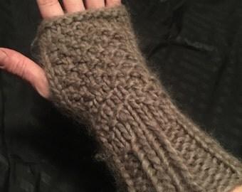 Heather seed stitch wrist warmer