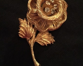 Spun Gold Flower Brooch / Pin