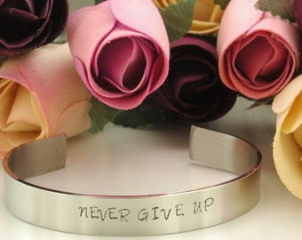 NEVER GIVE UP/Inspirational Mantra Bracelet/Great gift Hers/ Quotes/Stainless Steel/adjustable fit/Free shipping/Handstamped personalizeD