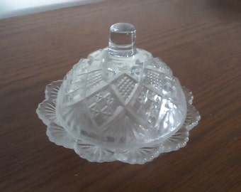 Vintgage Westmoreland Glass - Child's butter dish with dome lid - pressed glass