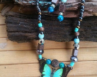 Beautiful turquoise butterfly necklace /choker.  *Bonus comes with matching earrings.