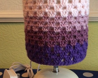 Bedside Table Lamp With Crochet Lampshade
