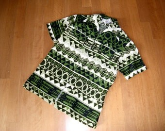 1970's Iolani Hawaiian Green Barkcloth shirt, Shirt-Jac, w/Classic Hawaiian Abstract Print, sz Medium